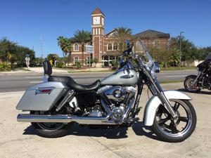 Harley-Davidson FLD in Pinellas Park, FL