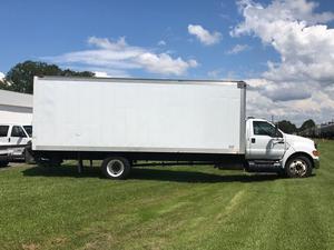 Ford BOXTRUCK in Live Oak, FL