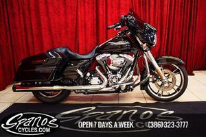 Harley-Davidson STREETGLIDE flhx in Daytona Beach, FL