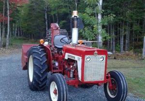 Mccormick Farmall International 434