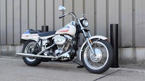 Harley-Davidson Superglide