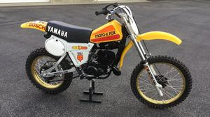 Yamaha YZ250F FOX Racer Replica