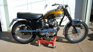 Triumph TR6SC