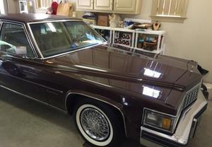 Cadillac Fleetwood D'elegance