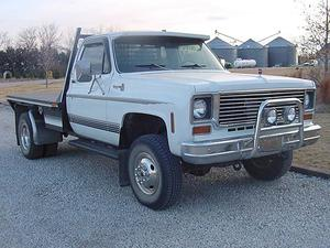 Chevrolet K20 Dually 4X4 Pickup