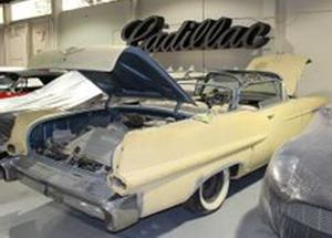 Cadillac Series 62 2 DR. Convertible