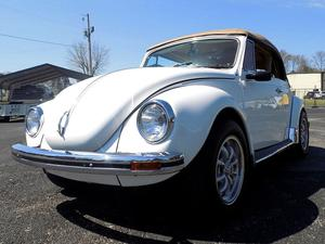 Volkswagen Super Beetle Convertible
