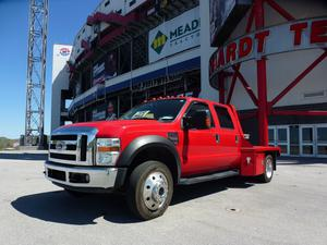 Ford F550 Lariat PKG Super Duty 4 DR 4X4 Dually