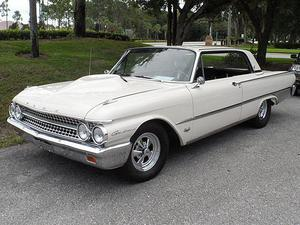 Ford Galaxie 2 DR. Hardtop Coupe