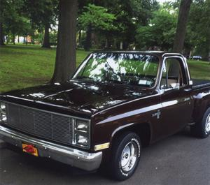 Chevrolet C10 Silverado Shortbed Stepside