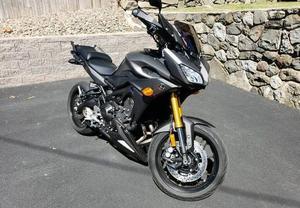Yamaha FJ 09