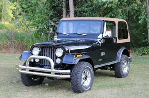 Jeep CJ7 Hardtop