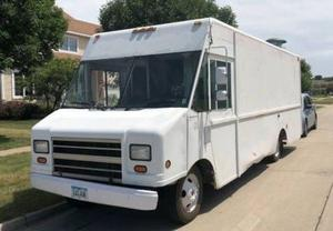 Chevrolet P30 Concession Food Truck