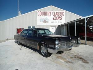 Cadillac Series 75 Limo