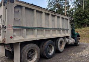 Mack RD 688S TRI Axle Dump Truck