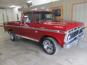 Ford F100 Ranger Pickup