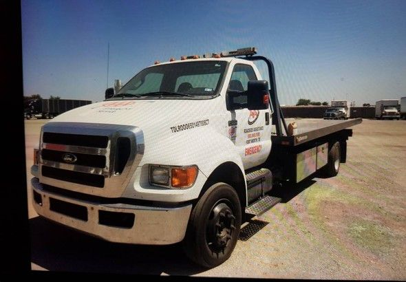 Ford F650 Flatbed TOW Truck