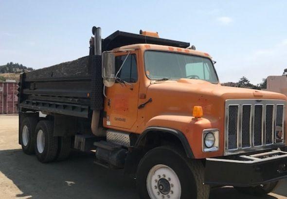 International S Dump Truck