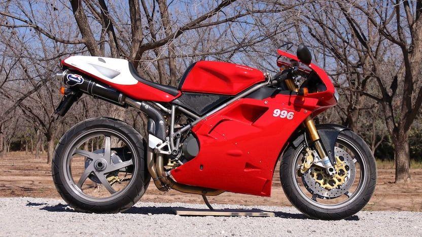 Ducati 996 Desmoquattro
