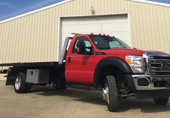 Ford F550 Wrecker Roll Back