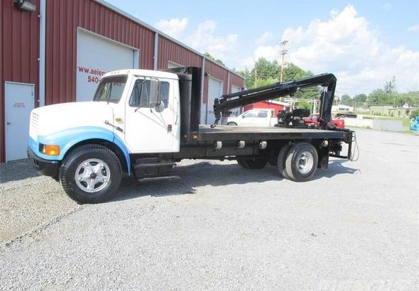 International  Flatbed Crane Truck