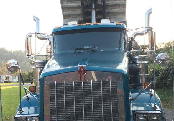 Kenworth T800-Tri-Axle-Dump-Truck